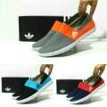 Sepatu Adidas Pria Slip On Canvas Casual Slop