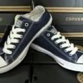 sepatu converse blue navi atau biru tua