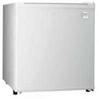 DAEWOO Kulkas Mini Refrigerator Portable DFR 64H