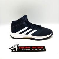 Sepatu Basket Adidas Isolation 2