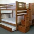 Tempat tidur tingkat avera 3 kasur.