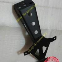 Spakbor fender braket dudukan plat nomor belakang PNP R15