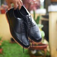 Sepatu Pria Pantofel Casual Kulit Asli - Azcost Wingtip Black