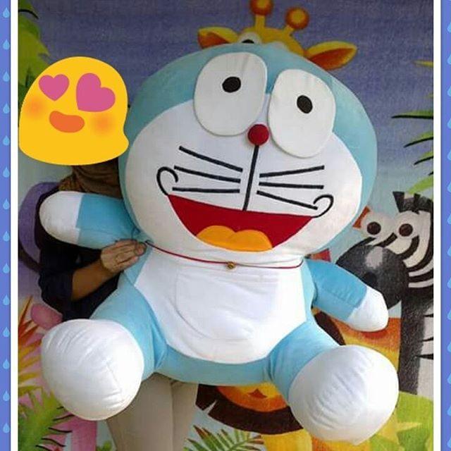 Doraemon Jumbo Giant Boneka Doraemon
