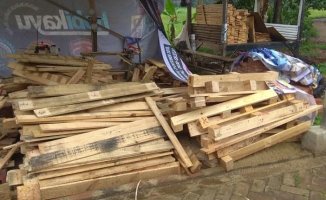 Jual Custom Kayu Jati Belanda Ex Pallet Kab Tangerang