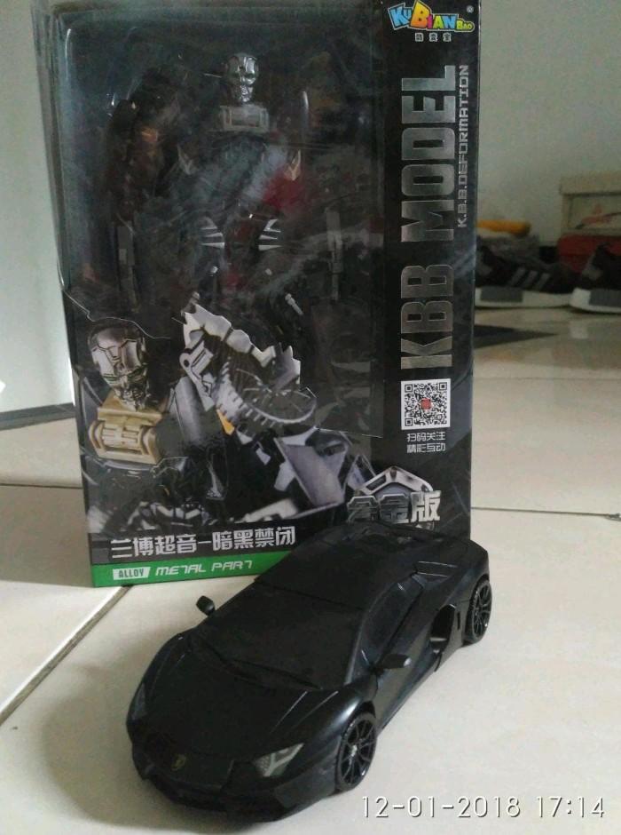 Transformers 4 Lockdown Car