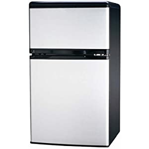 Igloo FR834a 3.2-Cu-Ft Refrigerator