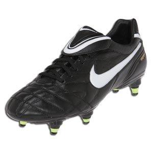 874b4e9a05ea6 Legend | soccershoes2012
