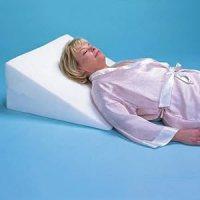 Amazon.com: Foam Bed Wedge Pillow (7 inch Foam Wedge Bed ...