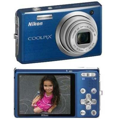 Nikon Coolpix S560 10MP Digital Camera with 5x Optical Vibration Reduction (VR) Zoom with 2.7 inch LCD (Cool Blue)
