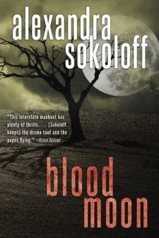 Blood Moon (The Huntress/FBI Thrillers) by Alexandra Sokoloff| wearewordnerds.com