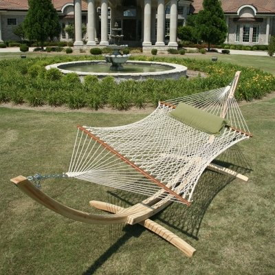 Hammocks Provide Gift of Relaxation