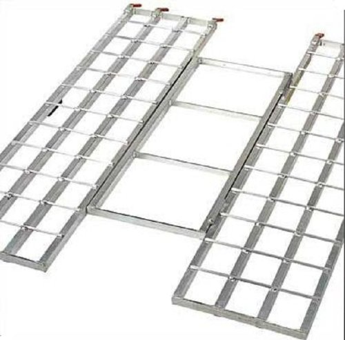 Compare] Polaris OEM Lightweight Aluminum Tri-Fold Ramp