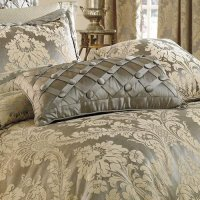 Croscill Bedding Reviews: Croscill Traviata Decorator