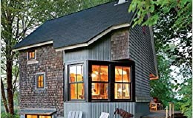 The New Small House Katie Hutchison 9781631864407