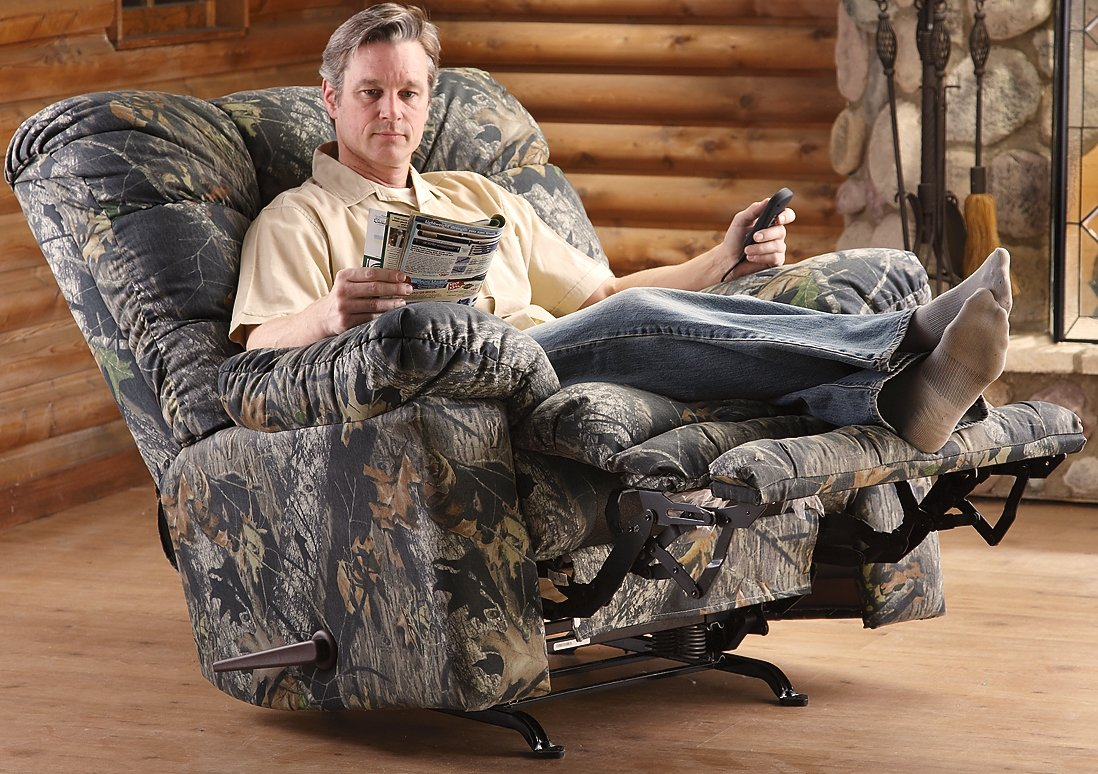 hunting chairs for big men empty fishing chair magnum camo rocker recliner mossy oak furniturendecor