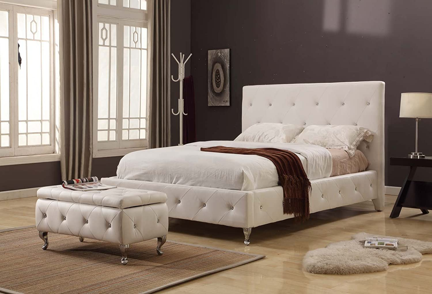 White Tufted Design Leather Look Queen Size Upholstered