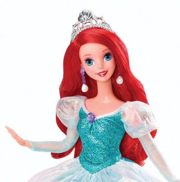 Nib Disney Princess 2013 Holiday Ariel Little Mermaid Doll