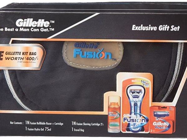 Gillette Fusion Gift Pack with Free Gillette Kit Bag