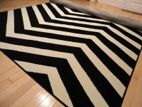 Black Contemporary Chevron Design 5x7 Black Zig Zag Rugs 5 ...