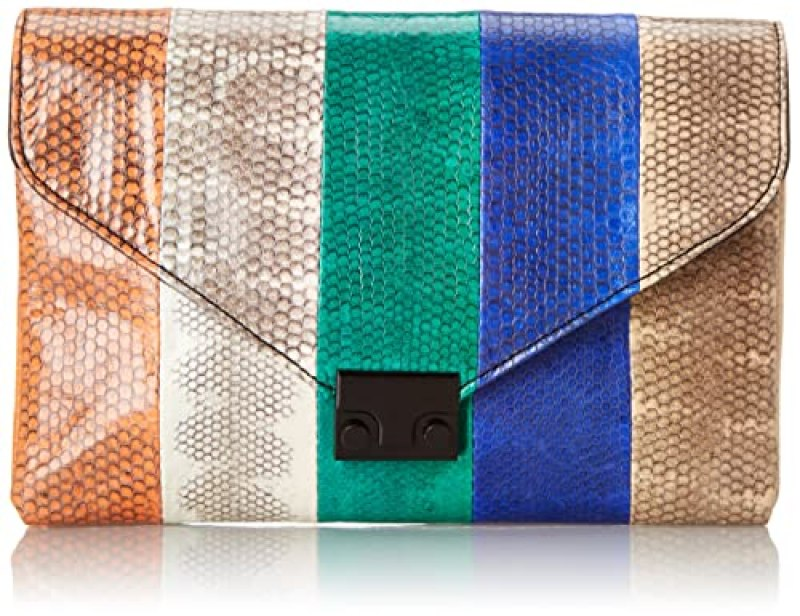 19c5ff2c61 Must-Have clutches and purses to accessorize your outfit this season ...