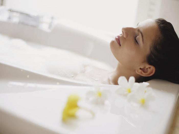 How to Take a Bath With Eczema-Prone Skin