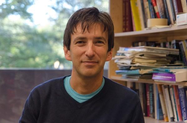 Geoffrey Cohen Study Reveals Adolescents' Misperceptions