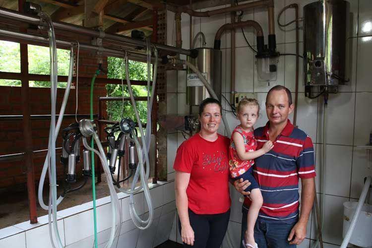 Governo desiste de isentar leite em pó importado