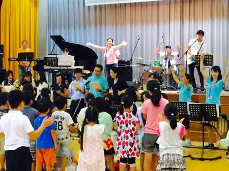 荏田南小学校 先生バンド