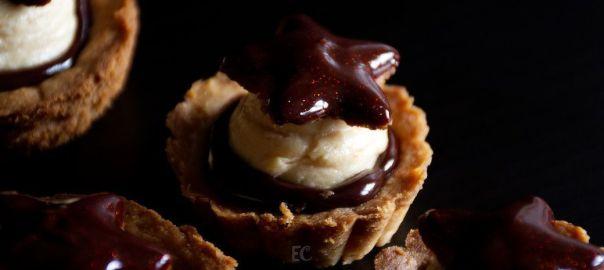 Tartaleta de crema de turrón y chocolate