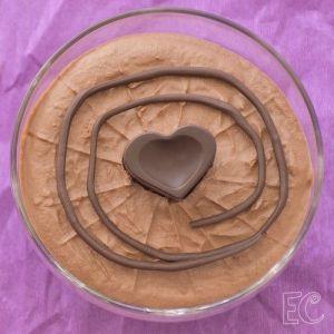 Bombones rellenos de mousse de chocolate
