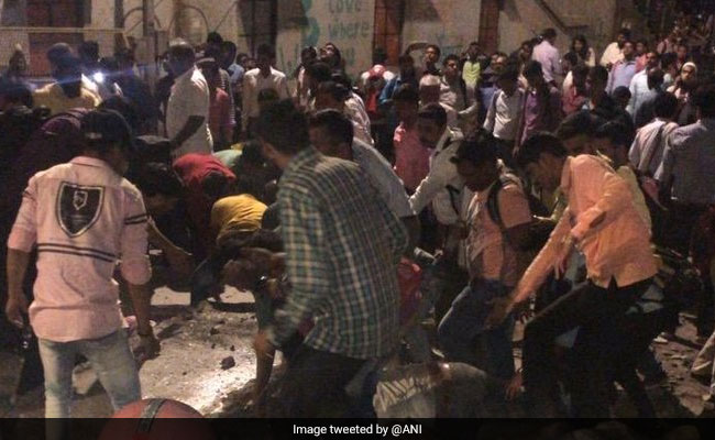 4 Killed, 28 Injured As Foot Overbridge Near CST Railway Station In Mumbai Collapses: Live Updates 1