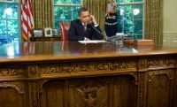 Pics For > Oval Office Desk History
