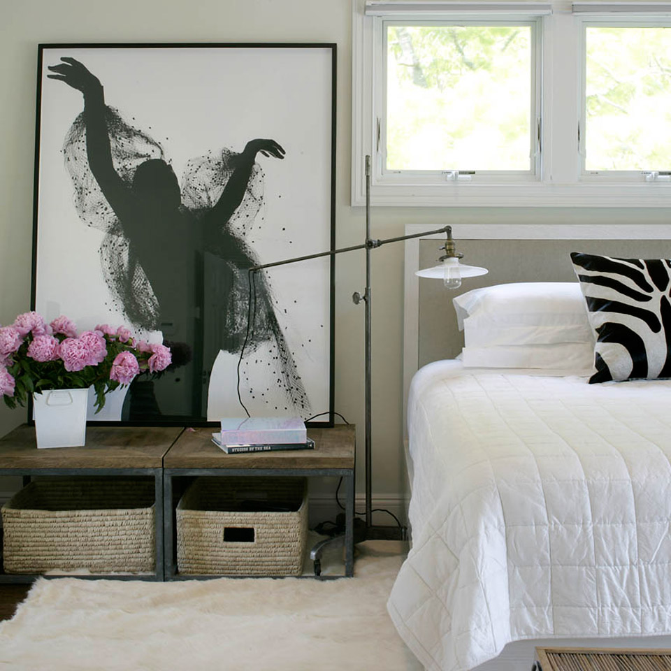 Chic Bedroom Decorating Ideas That ALSO Make For A