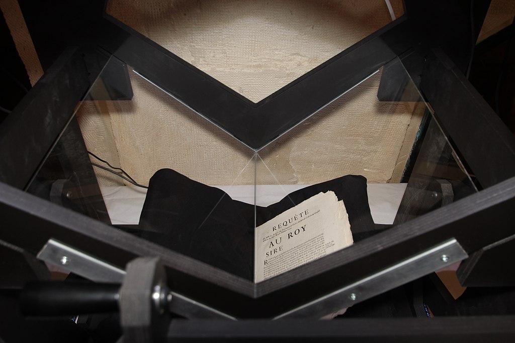Numérisation de documents au musée du Barreau de Paris le 22 janvier 2015
