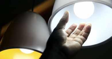 Aneel: Conta de luz segue em agosto com a taxa extra mais alta