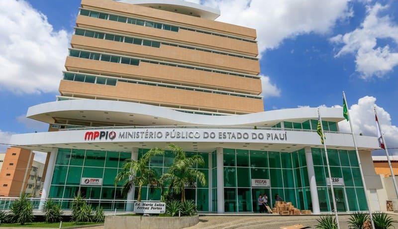 MP-PI pede suspensão de prévias carnavalescas em Teresina