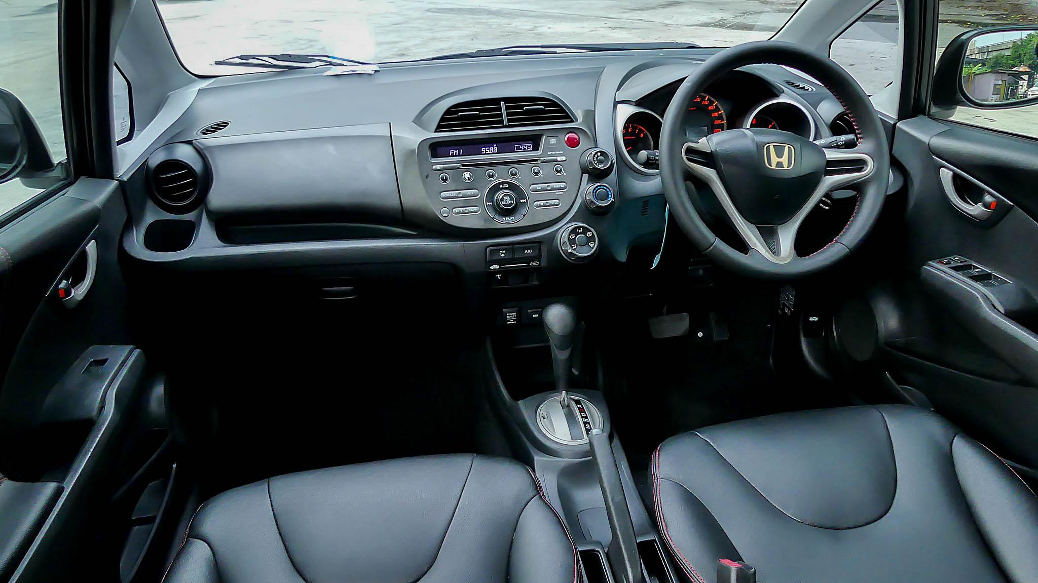 Honda Jazz 1.5 S / AT ปี 2008