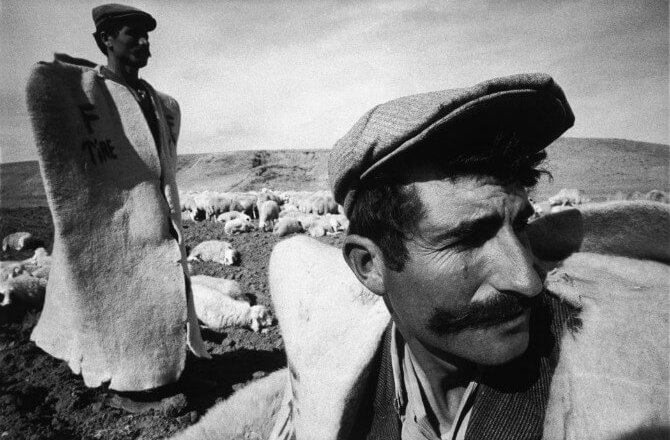 Nahit Sırrı Örik (1895 – 1960) – Eve Düşen Yıldırım (Eve Düşen Yıldırım, 1934)