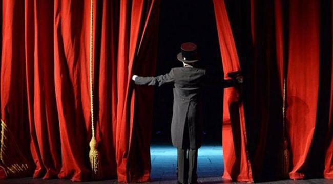 """Pandemide yeni dönem """"Cepte Tiyatro"""""""