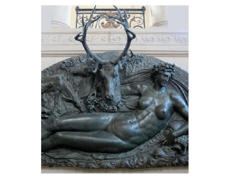 Benevuto Cellini, la ninfa de Fontainebleau, 1543-1544 (museo de louvre, París) Luneto de bronceque destaca por estilización del desnudo.