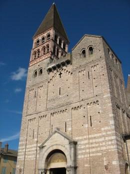 Abadía de Saint Philibert en Tournus, francia siglo (IX) ofrecio por los monjes de Noirmoutier.
