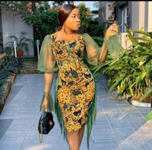 Be The Center Of Attraction With These Stylish Women Outfits On Easter