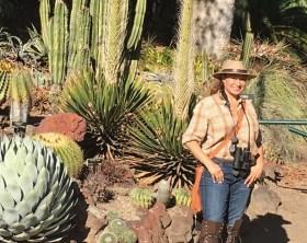 garden-designer-shirley-bovshow-at-huntington-gardens-bushnell-binoculars-edenmaker-blog