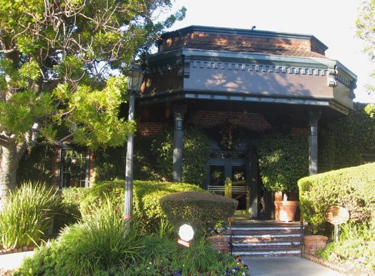 Parkway Grill Restaurant in Pasadena California