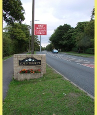 Entering Edenthorpe from the south along Thorne Road.