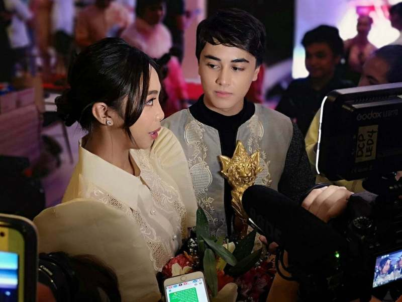 MayWard at 2018 RAWR Awards