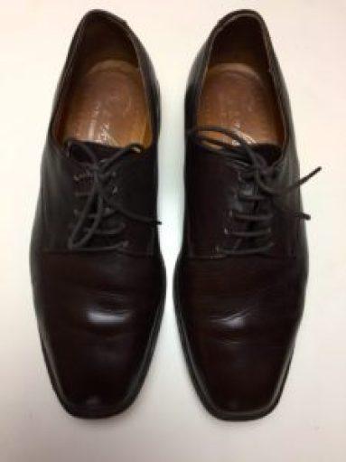 Chaussure en cuir après cirage