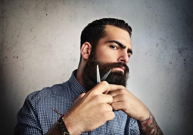 kit entretien de la barbe avec ciseau