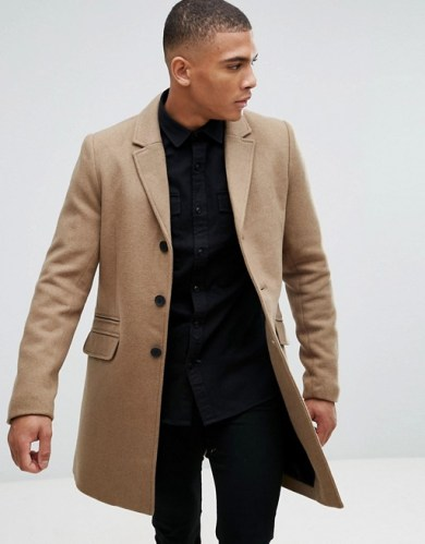 Tenue homme manteau long beige